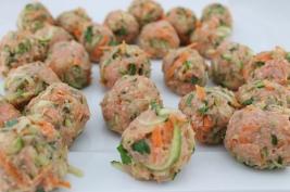 uncooked turkey balls (1280x853)